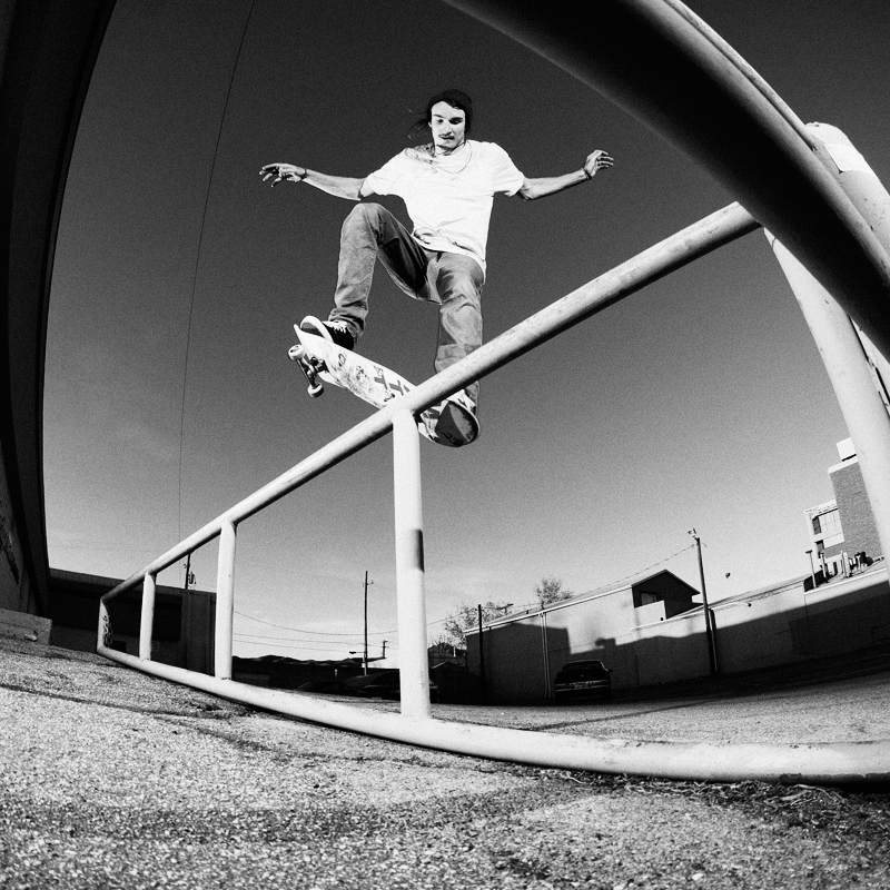 http://www.westoncolton.com/files/gimgs/13_wcphotomatty-coles-nosegrind-pop-out-800px.jpg
